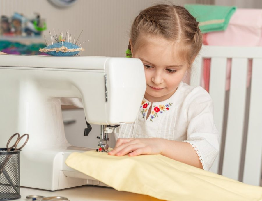 The Best Sewing Machines For Kids – Best and Easy To Learn On