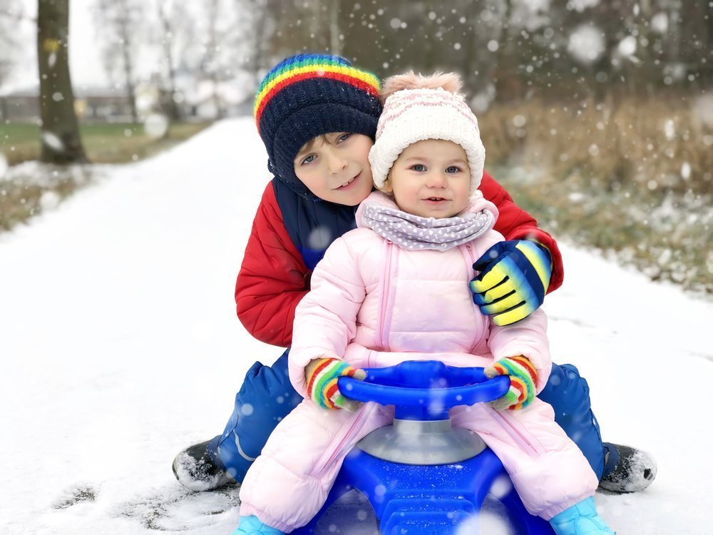 The Best Sleds For Toddlers – Fun and Safety