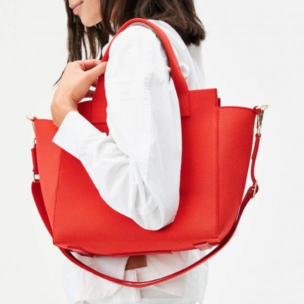 Best Handbags For Moms In 2021